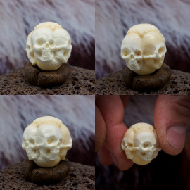 "<a href=""https://arhaik.ru/netsuke/axonometric-skulls-ball"">Бусина для чёток</a>"