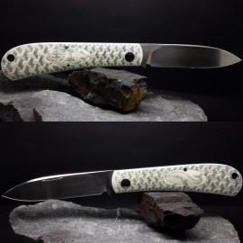 Скримшоу на накладках ножа