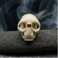 Бусина череп кость